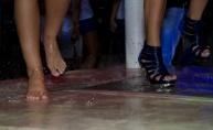 Wet T-Shirt natjecanje u Santosu - sexy cure vs. horny dečki