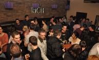Rich bar ugostio raspoloženu ekipu
