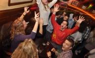 River pub sa mladima
